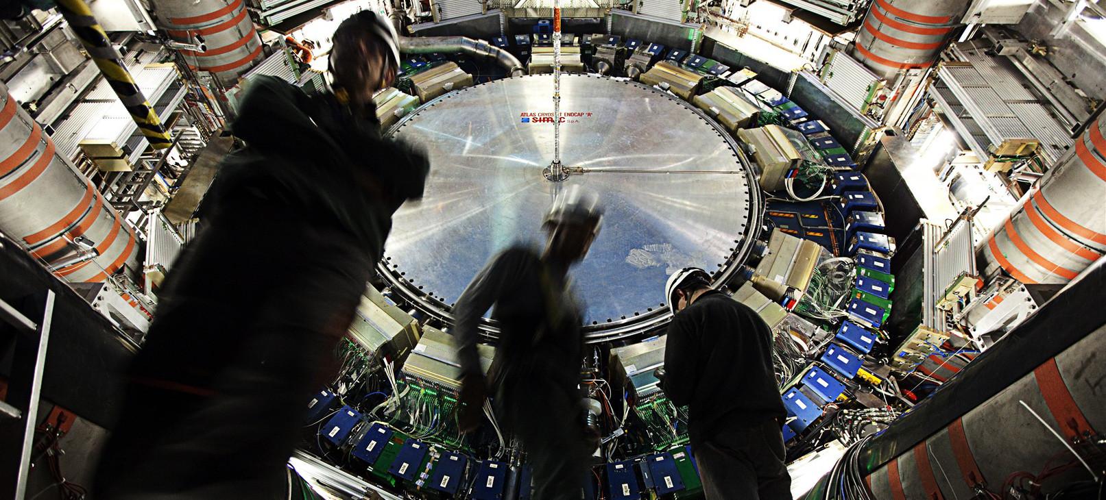 LHC de volta (4)