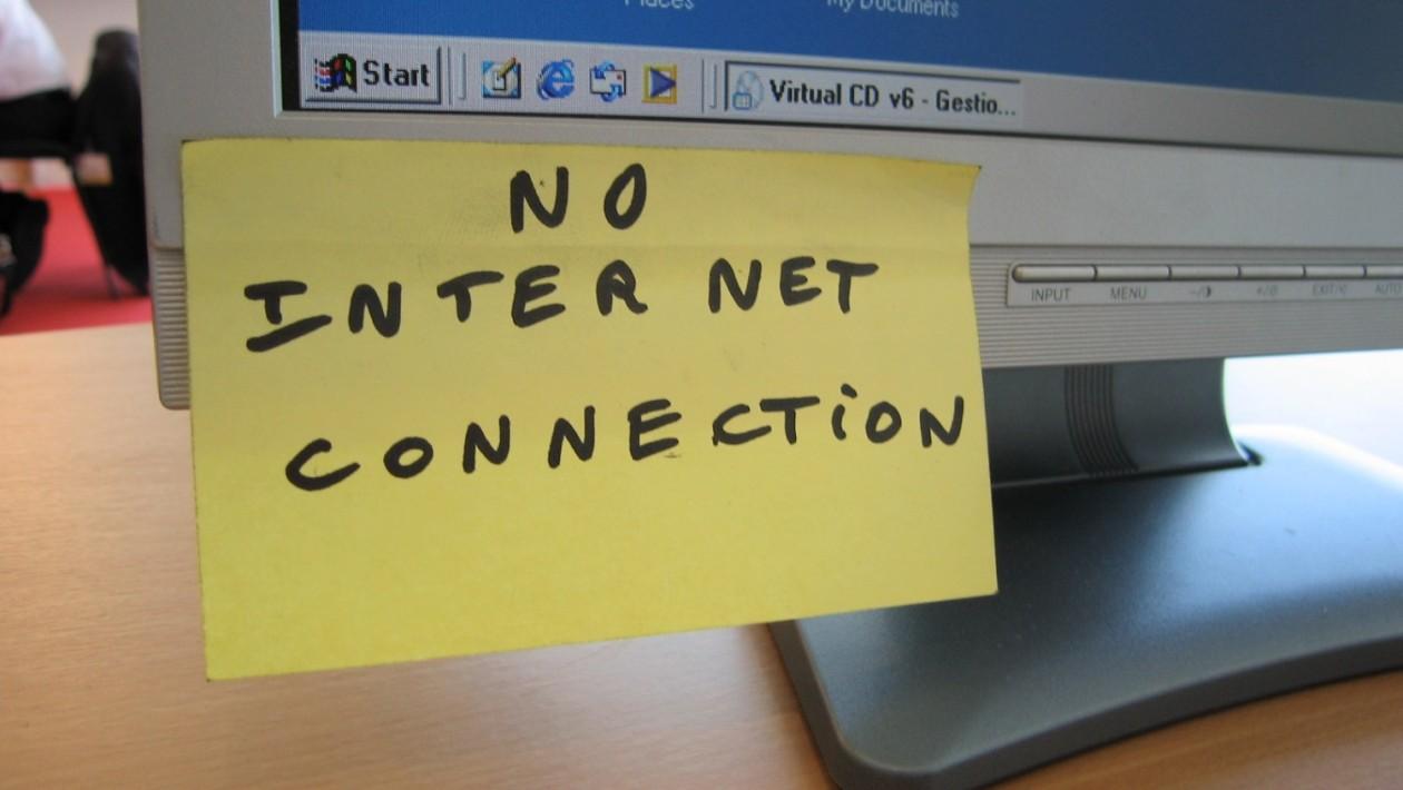 A vida de um ex-hacker que agora está proibido de usar a internet