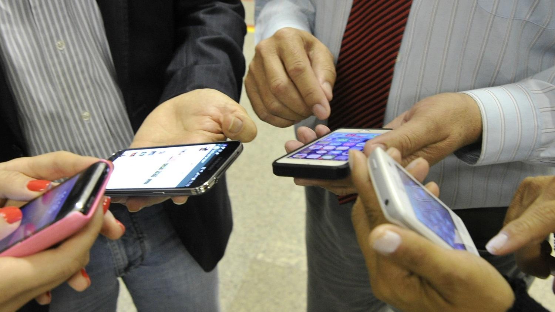 Smartphones em uso
