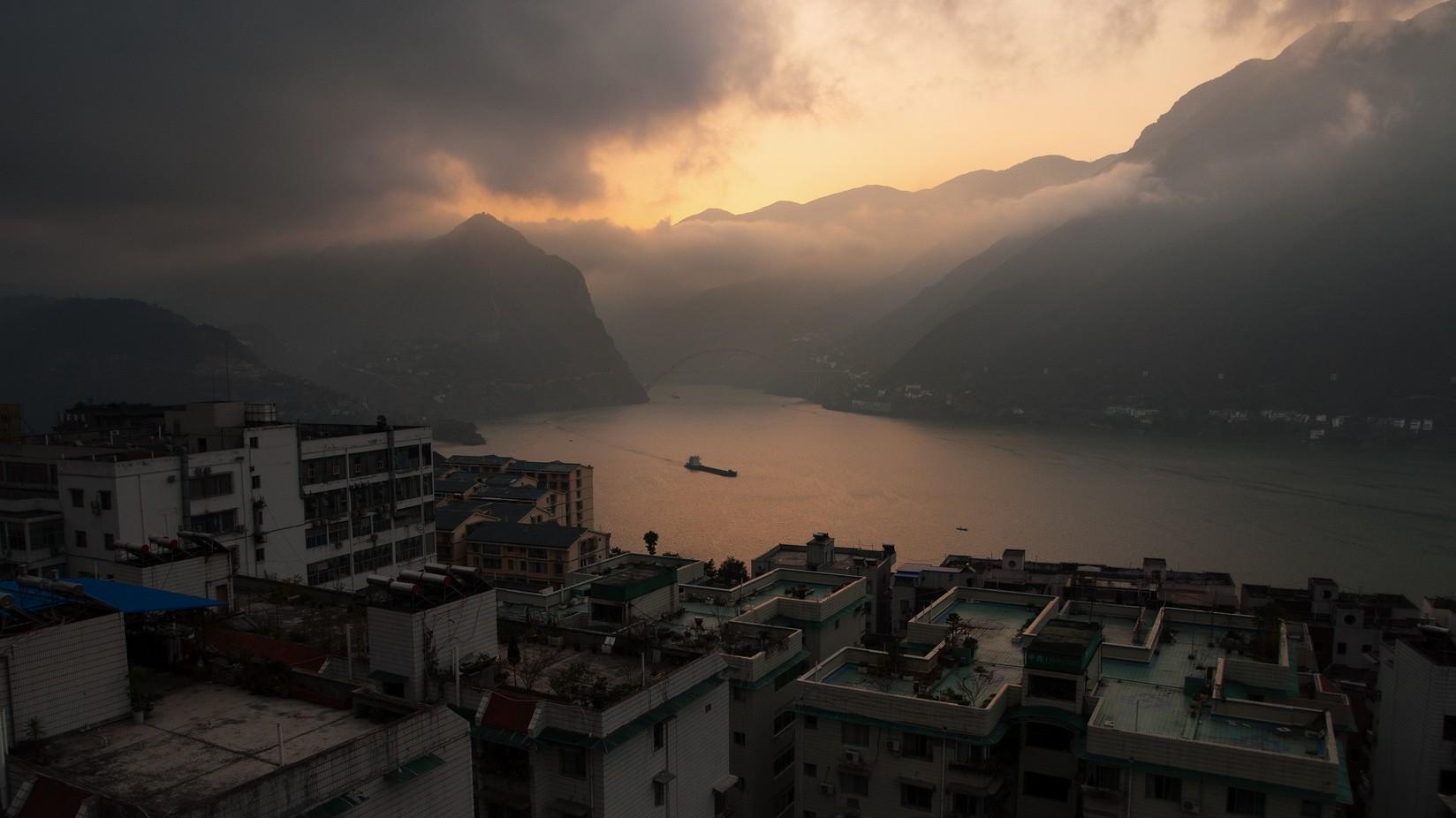 Por que o Sudeste Asiático está coberto de fumaça?
