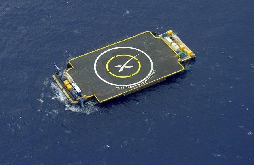 Mais um foguete da SpaceX sofre acidente ao tentar pousar em uma plataforma em alto mar