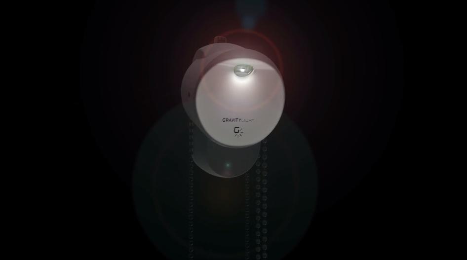 Esta lâmpada se acende com a força da gravidade e não requer rede elétrica
