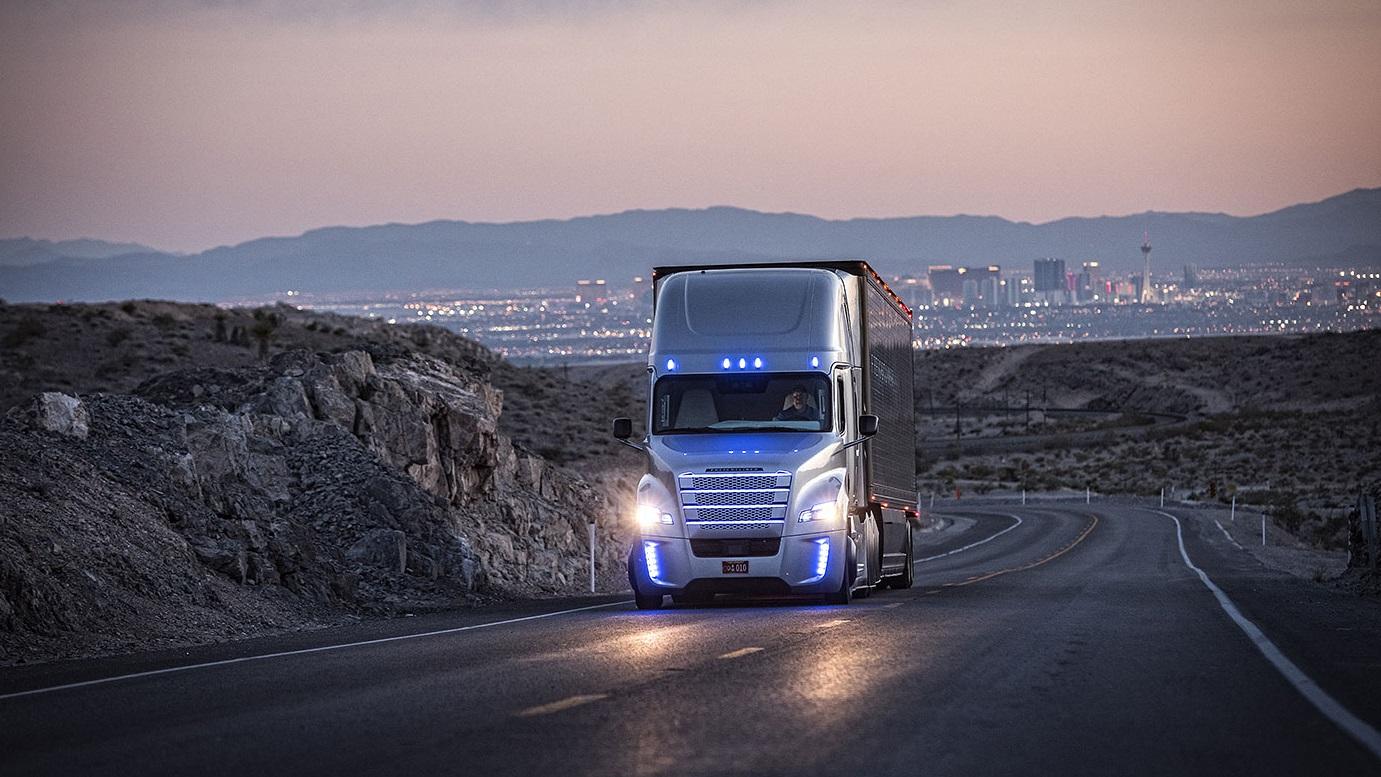 Freightliner Inspiration (5)