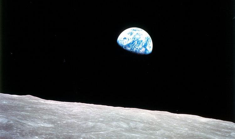 Terra vista da Lua. Imagem: Wikimedia