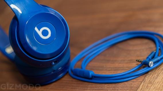 Fone azul da Beats