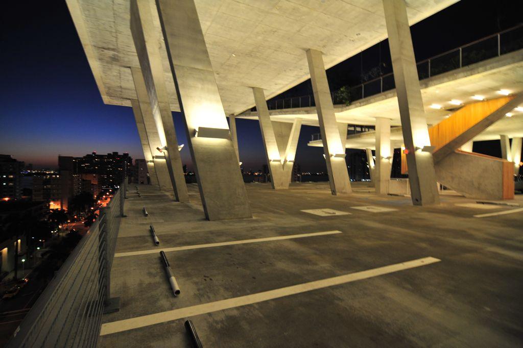 瑞士建築師 Herzog & De Meuron - 邁阿密商業中心停車場 1111 Lincoln Road