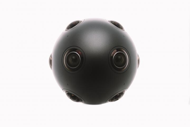 ozo-press-photo-black_ball