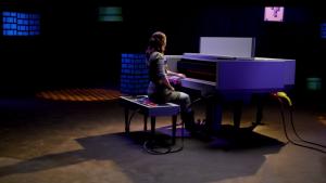 Este Nintendinho gigante toca clássicos de Super Mario Bros no piano