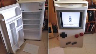 Game Boy em um frigobar
