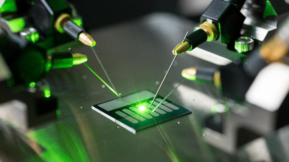 A luz vira corrente elétrica na primeira antena retificadora óptica do mundo