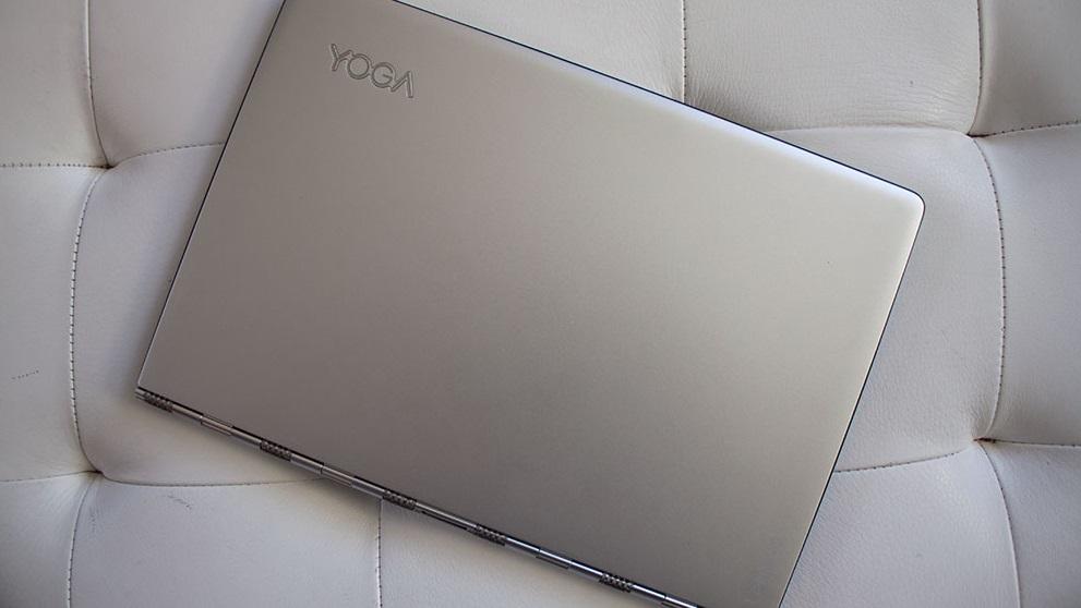 Lenovo Yoga 900 (1)