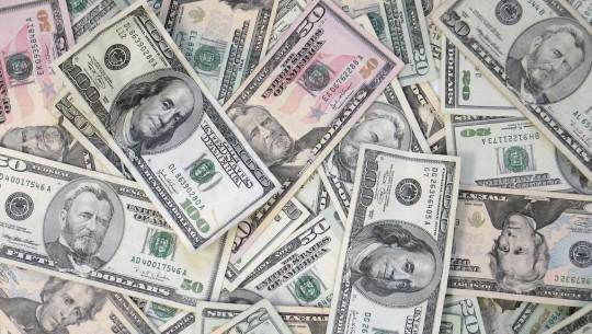 Notas de cem dolares