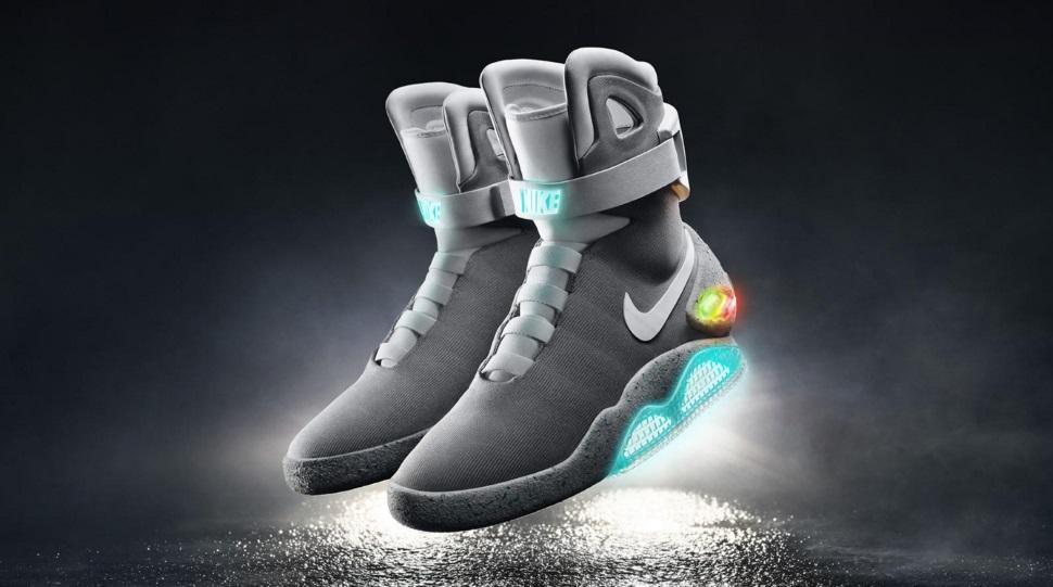 O tênis com cadarço que se amarra sozinho da Nike existe e será lançado em 2016