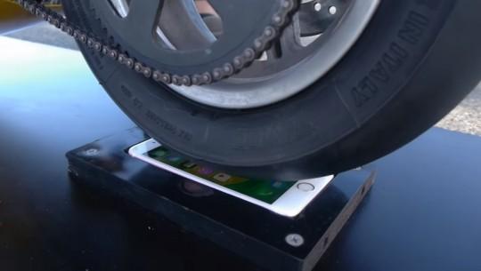iphone-moto