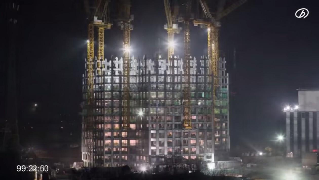 A velocidade das construções na China é impressionante. Este prédio pré-fabricado de 57 foi erguido em apenas 19 dias: