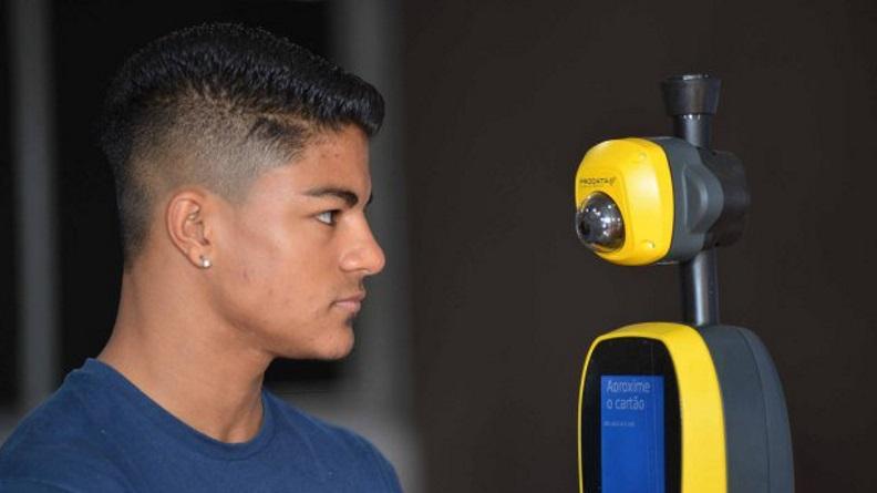 Ônibus adotam biometria facial em todo o Brasil para evitar fraudes