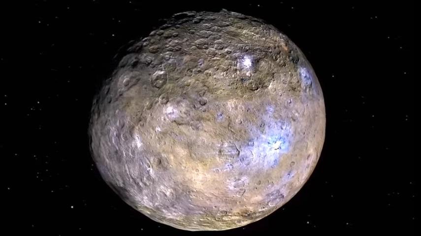 Cientistas finalmente descobriram o que são aqueles pontos brilhantes misteriosos em Ceres