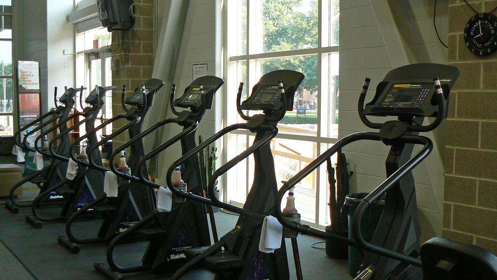 Por que sua rotina de exercícios físicos de repente para de ajudar na perda de peso - Gizmodo Brasil