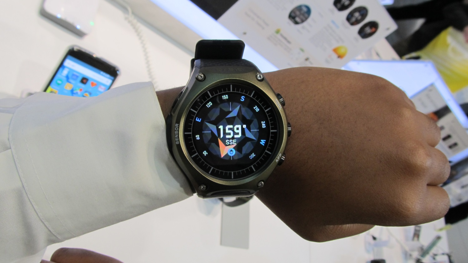 casio android wear (8)