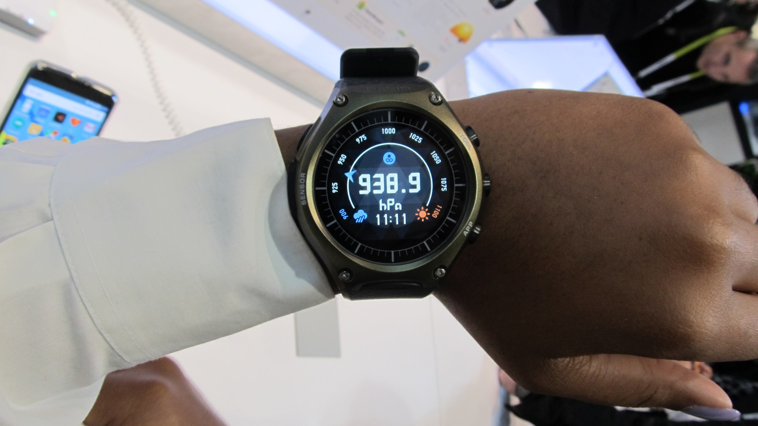 casio android wear (9)
