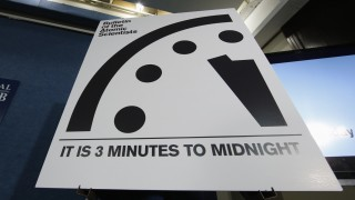 doomsday clock (2)