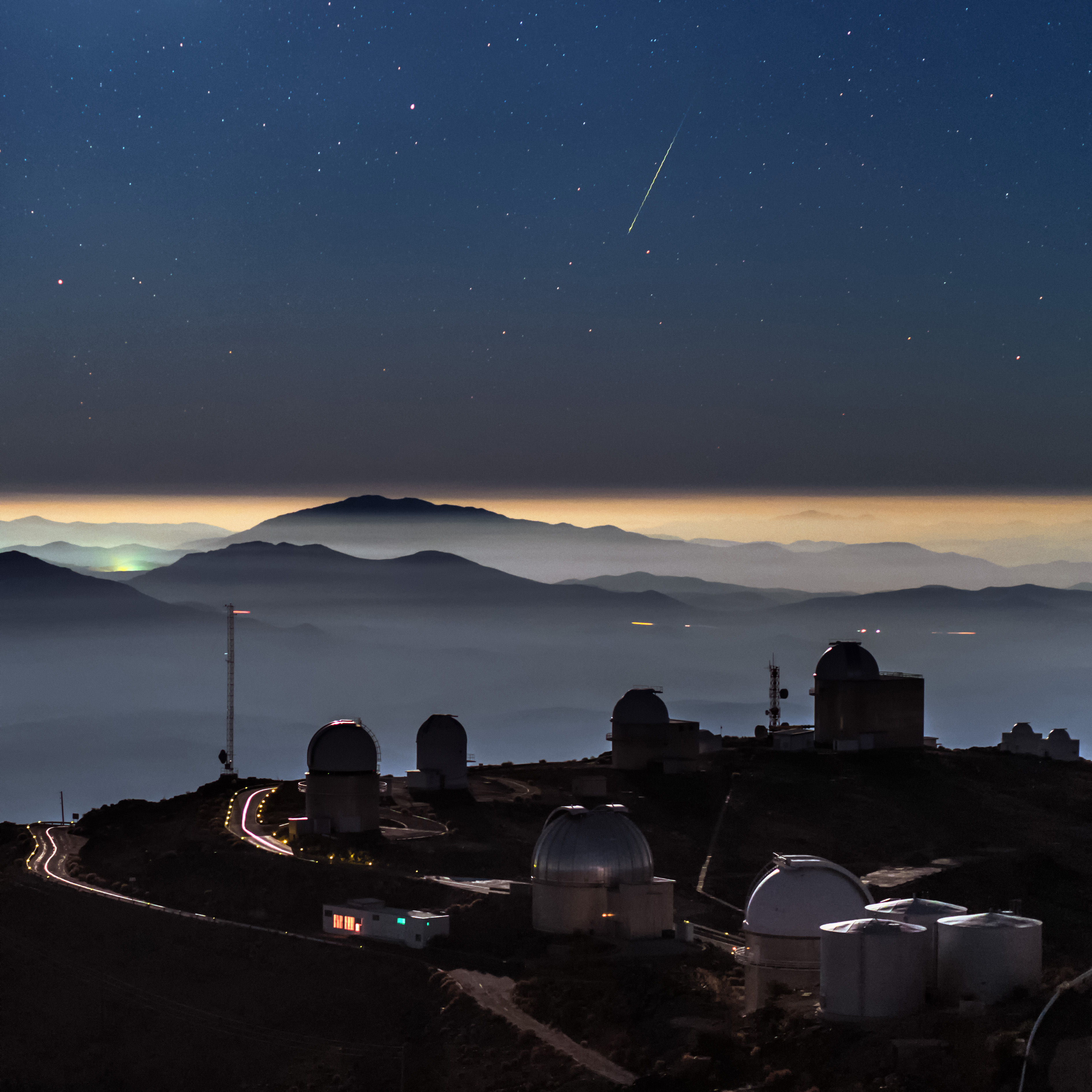 Meteoro é visto e fotografado a partir do telescópio La Silla