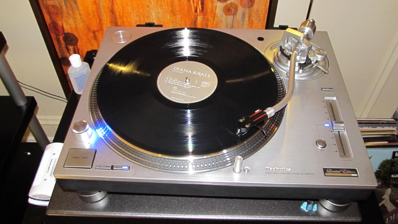 toca discos ces (7)