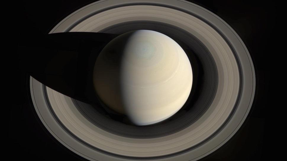 Os anéis de Saturno são bem diferentes do que se imaginava
