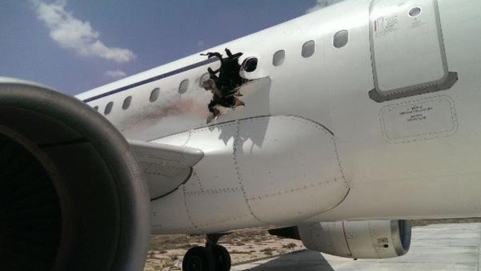 explosao aviao (2)