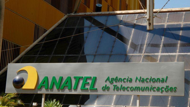 Anatel espera por franquias na internet fixa desde 2014; ministério não se opõe