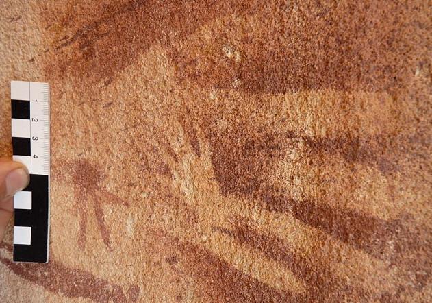 """Estas """"cópias da mão"""" primitivas não foram feitas com mãos humanas"""
