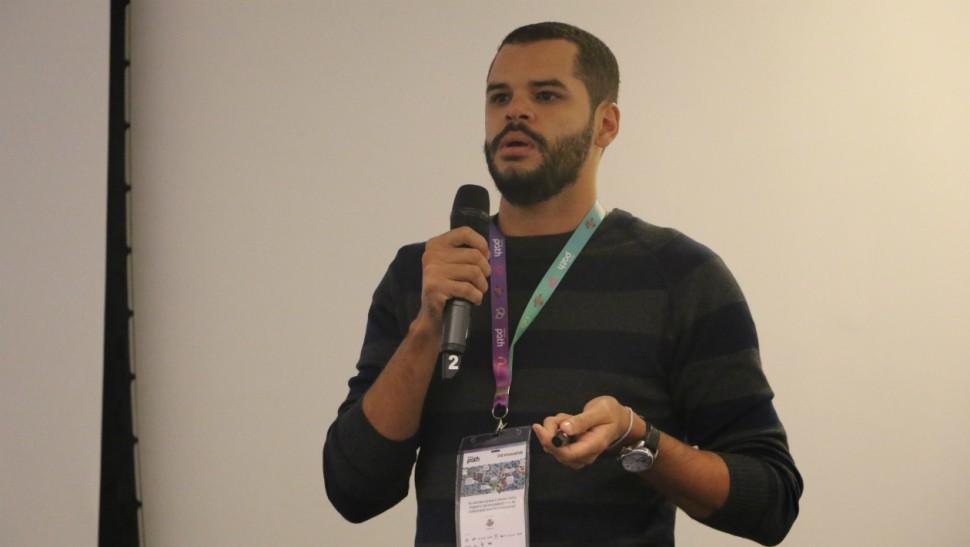Heider Berlink, do Pague Verde, fala sobre seu projeto, um programa de benefícios para quem economiza energia doméstica (F451)