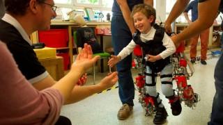 exoesqueleto para criancas
