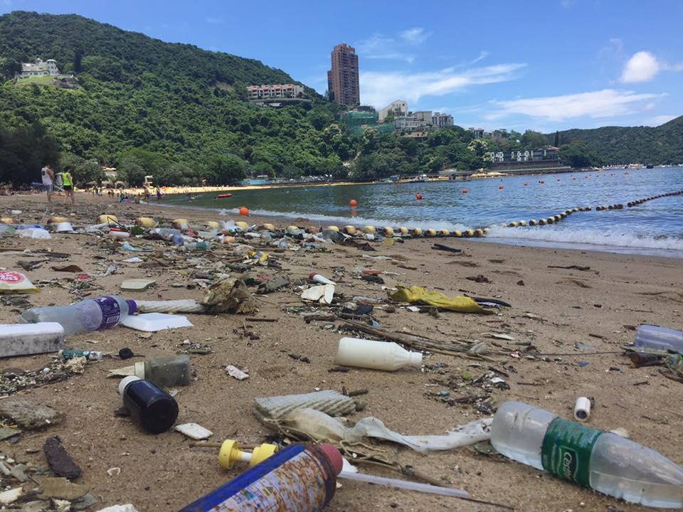 lixo praia hong kong (5)