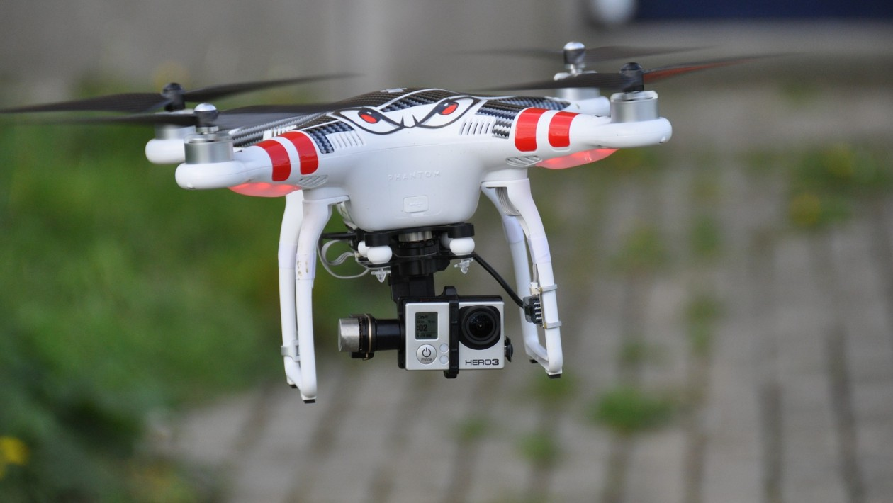 Atraso na legislação de drones freia atuação do setor no Brasil