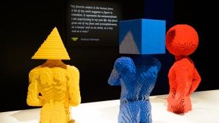 Confira a exposição com mais de 80 obras de Lego que chegou pela primeira vez ao Brasil