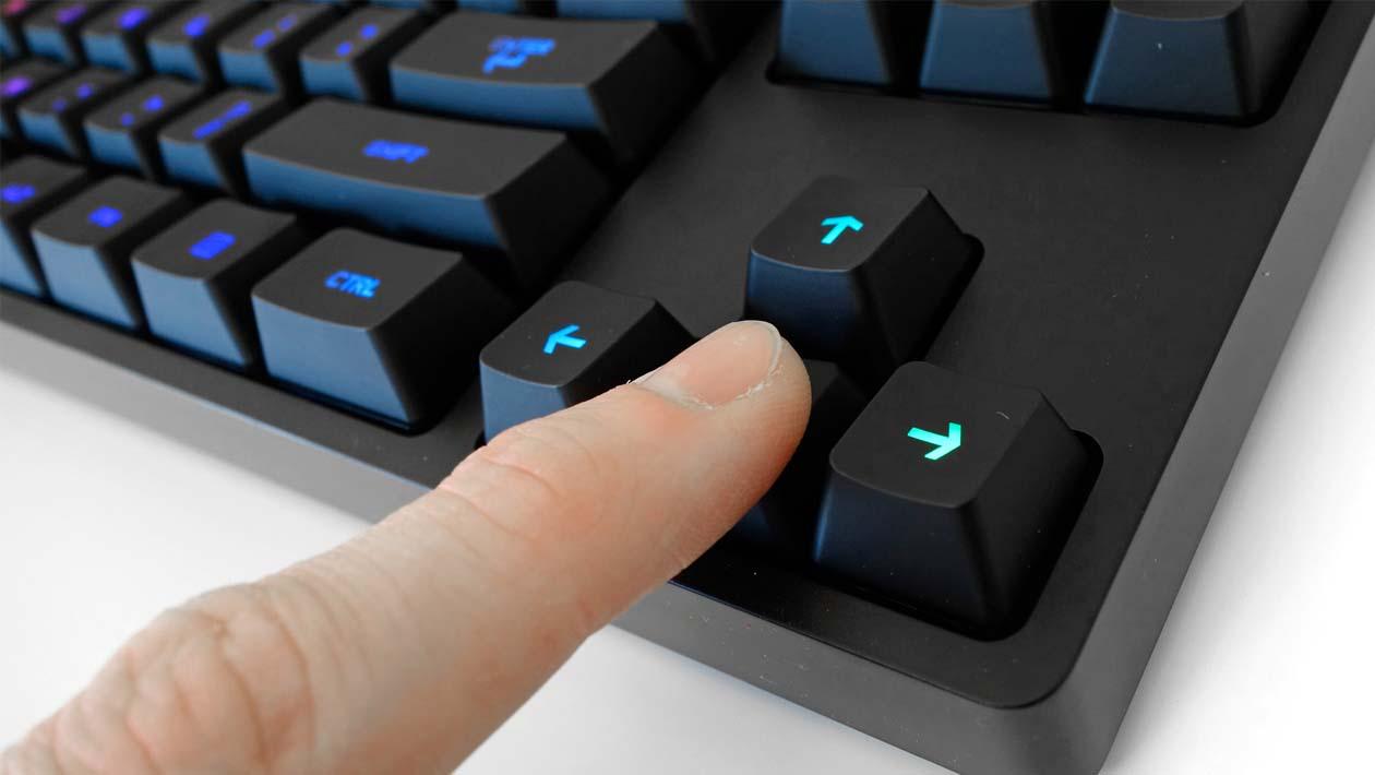 logitech-teclado-gamer-2