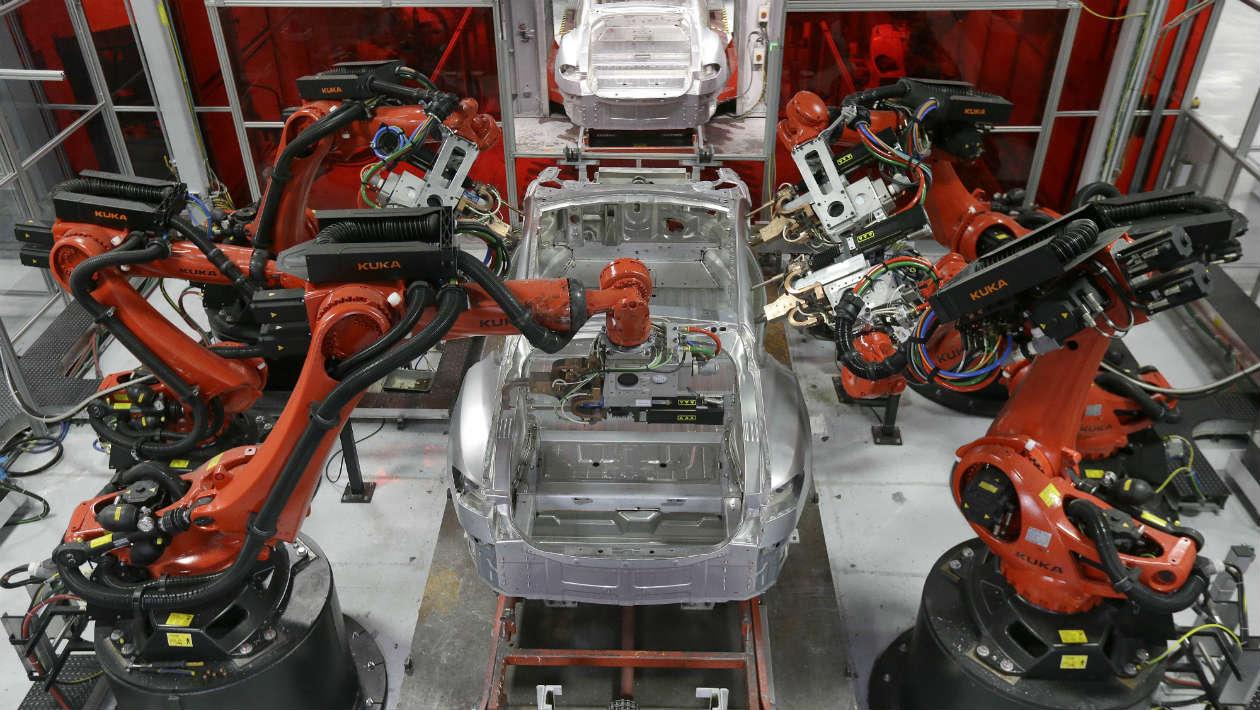 Os robôs já estão substituindo trabalhadores humanos a uma taxa alarmante