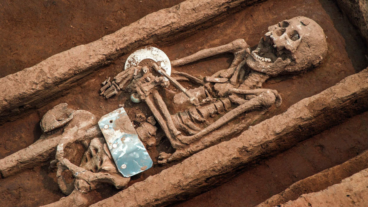 Arqueólogos descobrem 'Túmulo de Gigantes' na China
