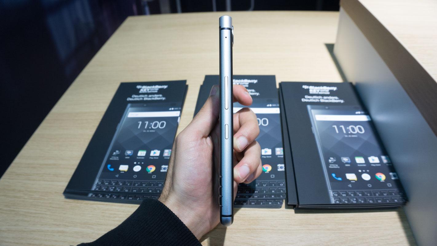 Este é o BlackBerry KeyONE e é questão de tempo até não