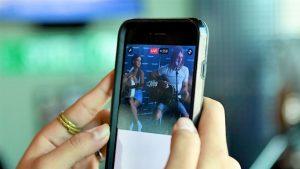 A briga por padrões de direitos autorais no streaming de vídeo foi vencida por grandes corporações