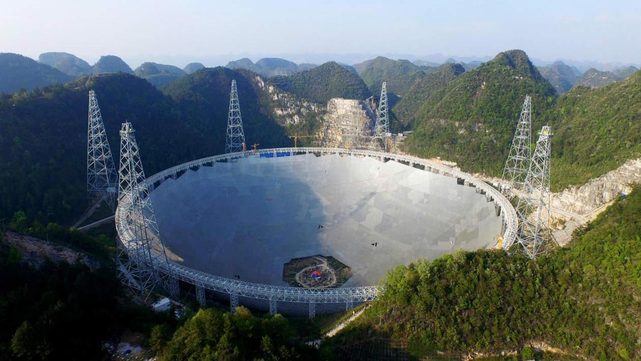 Aquele telescópio chinês incrível já fez suas primeiras descobertas