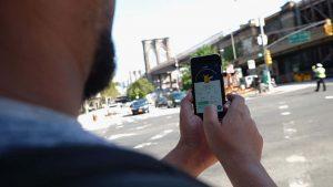 Estudo estima que Pokémon GO causou mais de 100 mil acidentes de trânsito