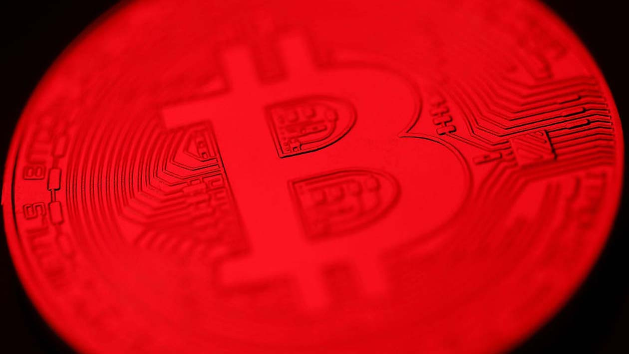 O Bitcoin sofreu uma queda enorme e levou todo o mercado junto com ele
