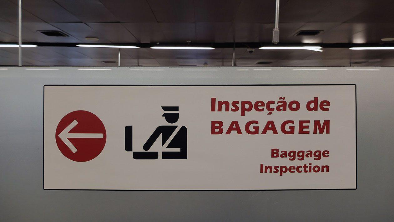 Justiça diz que notebook faz parte dos objetos de uso pessoal da bagagem e não pode ser retido