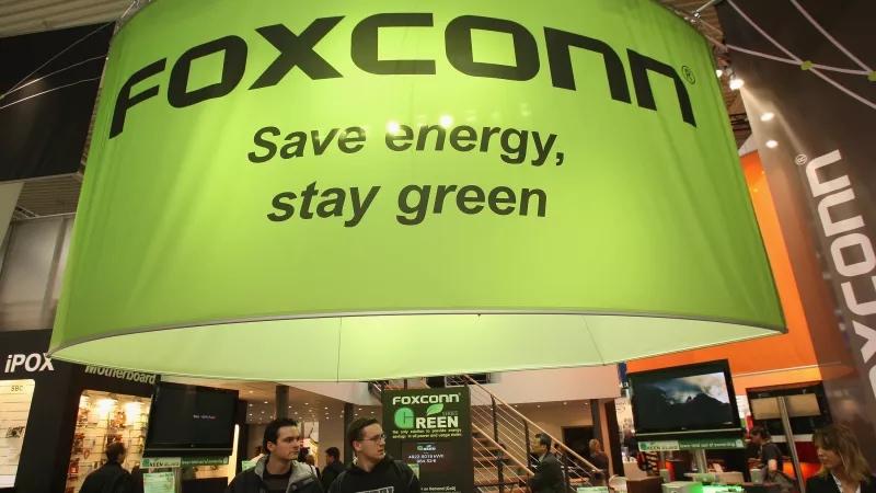 Foxconn vai drenar milhões de litros de água de lago nos EUA para produzir telas LCD