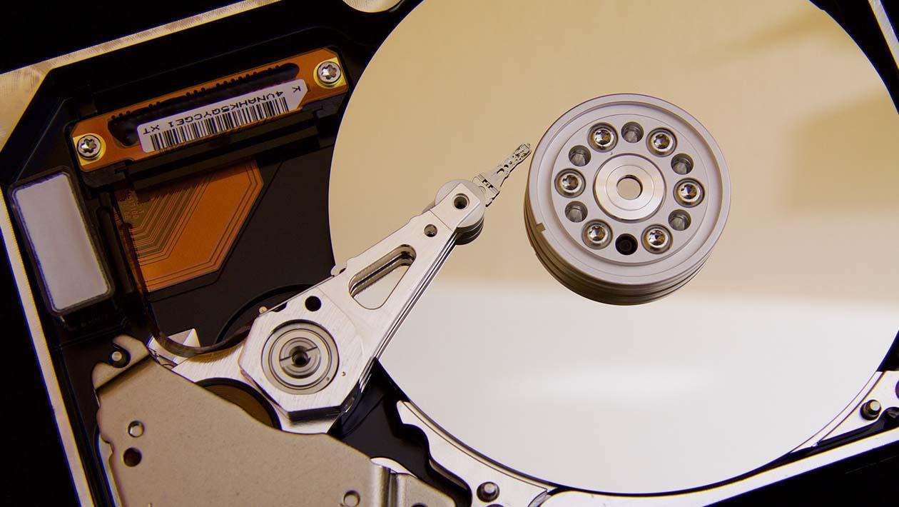 Hackers podem congelar sistema operacional e danificar HDs usando apenas o som