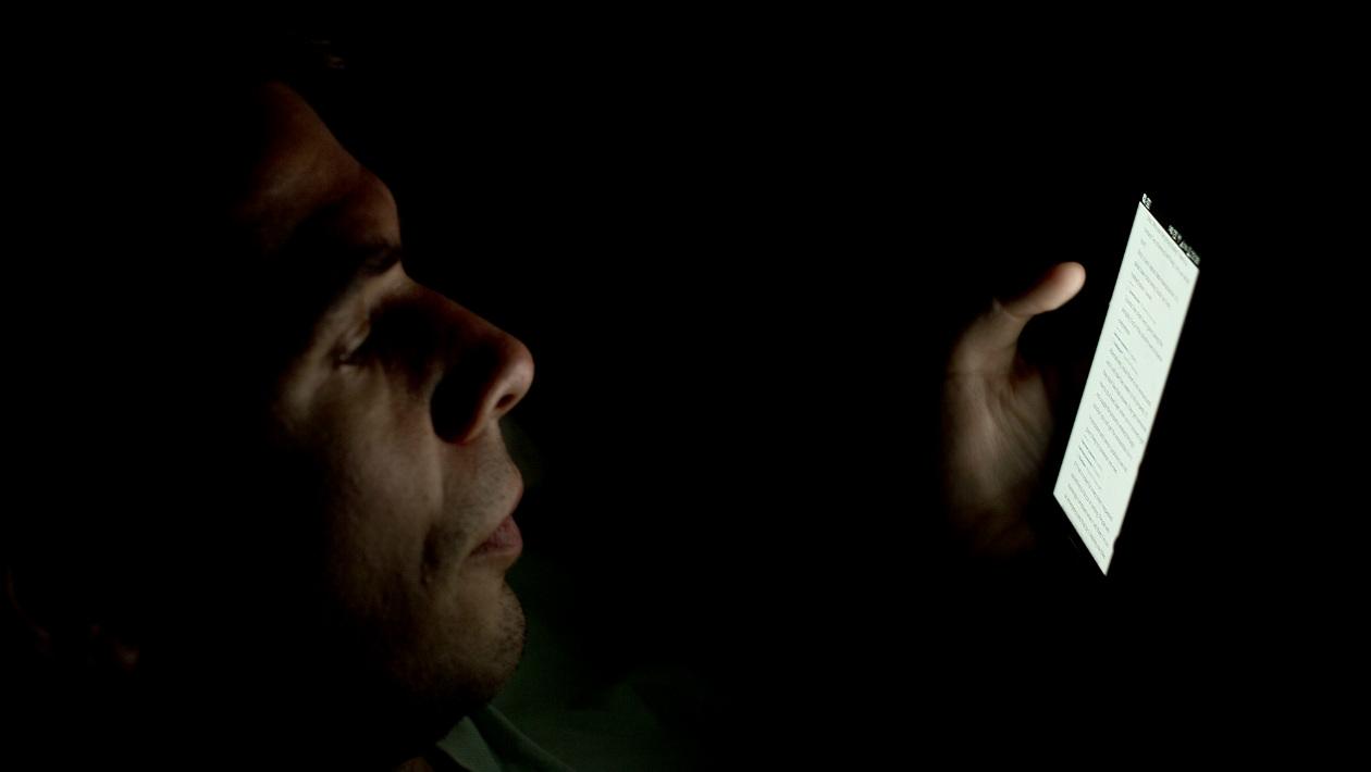 Smartphones podem causar depressão em adolescentes por atrapalharem o sono, diz pesquisa
