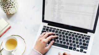 computador-email-unsplash