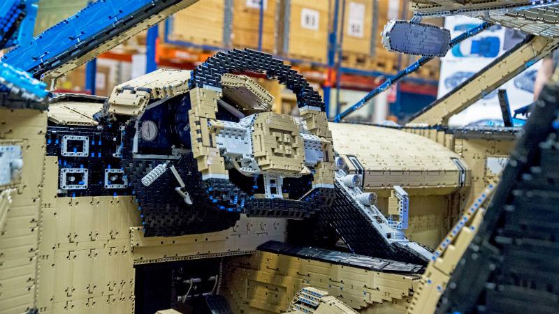 Este Bugatti Chiron foi feito com um milhão de peças de Lego e alcança 28km/h - Gizmodo Brasil